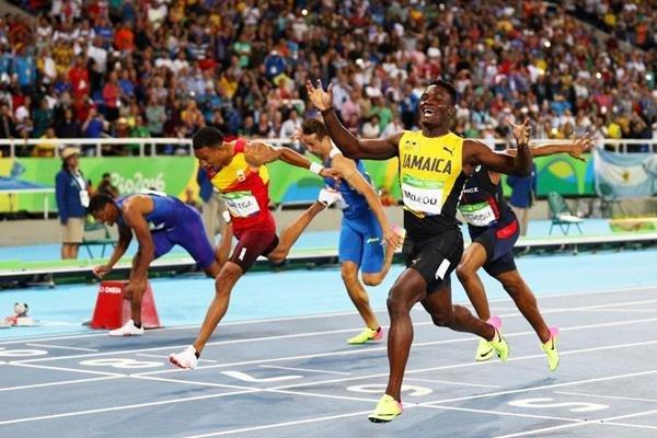 Омар Маклауд завоевал золото Олимпийских игр в Рио в беге на 110 м с/б