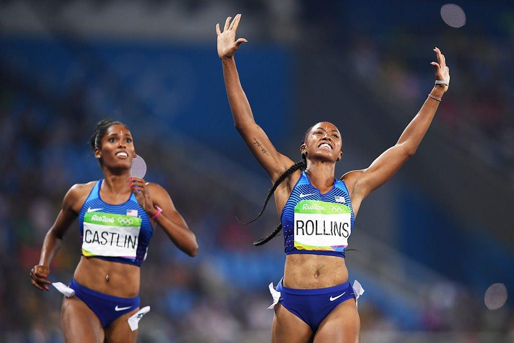 Американка Брианна Роллинс завоевала золото в беге на 100 м с барьерами на Олимпиаде