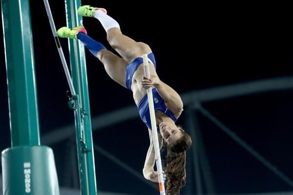 Греческая прыгунья с шестом Екатерини Стефаниди завоевала золотую медаль Олимпиады-2016