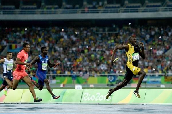 Усэйн Болт вышел вфинал Олимпиады вбеге на200 метров