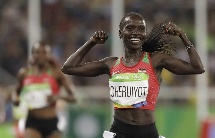Вивиан Черуйот уходит в марафон