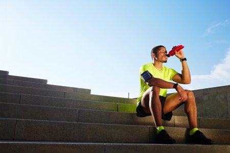 Как правильно пить во время соревнований