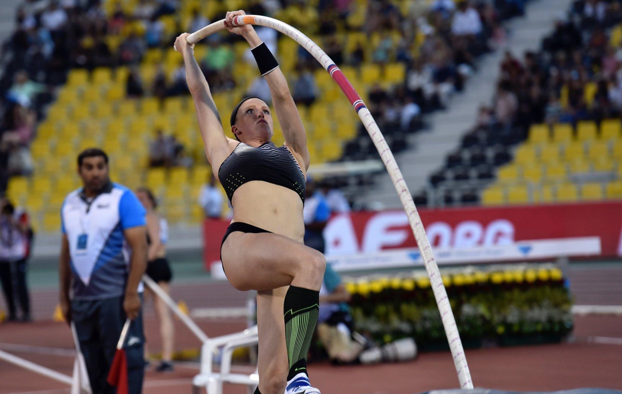 Американка Моррис— 2-ая вистории после Исинбаевой, прыгнувшая на5 метров