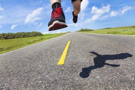 Что происходит с нашими ступнями, когда мы бегаем в кроссовках