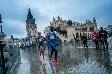 Украинские бегуны поднялись на подиум полумарафона в Кракове