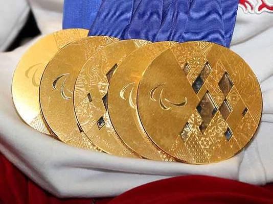 Медали ОИ-2020 будут частично сделаны из золота, извлекаемого из старых мобильников