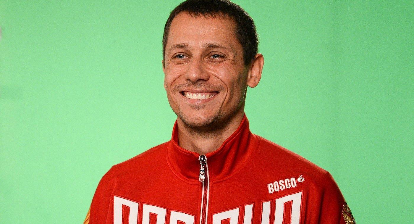 Юрий Борзаковский советует российским легкоатлетам выступать под флагом родной страны