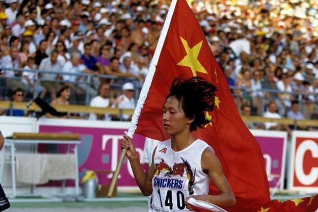 IAAF может принять санкции в отношении олимпийской чемпионки Атланты-1996 Ван Цзюнься