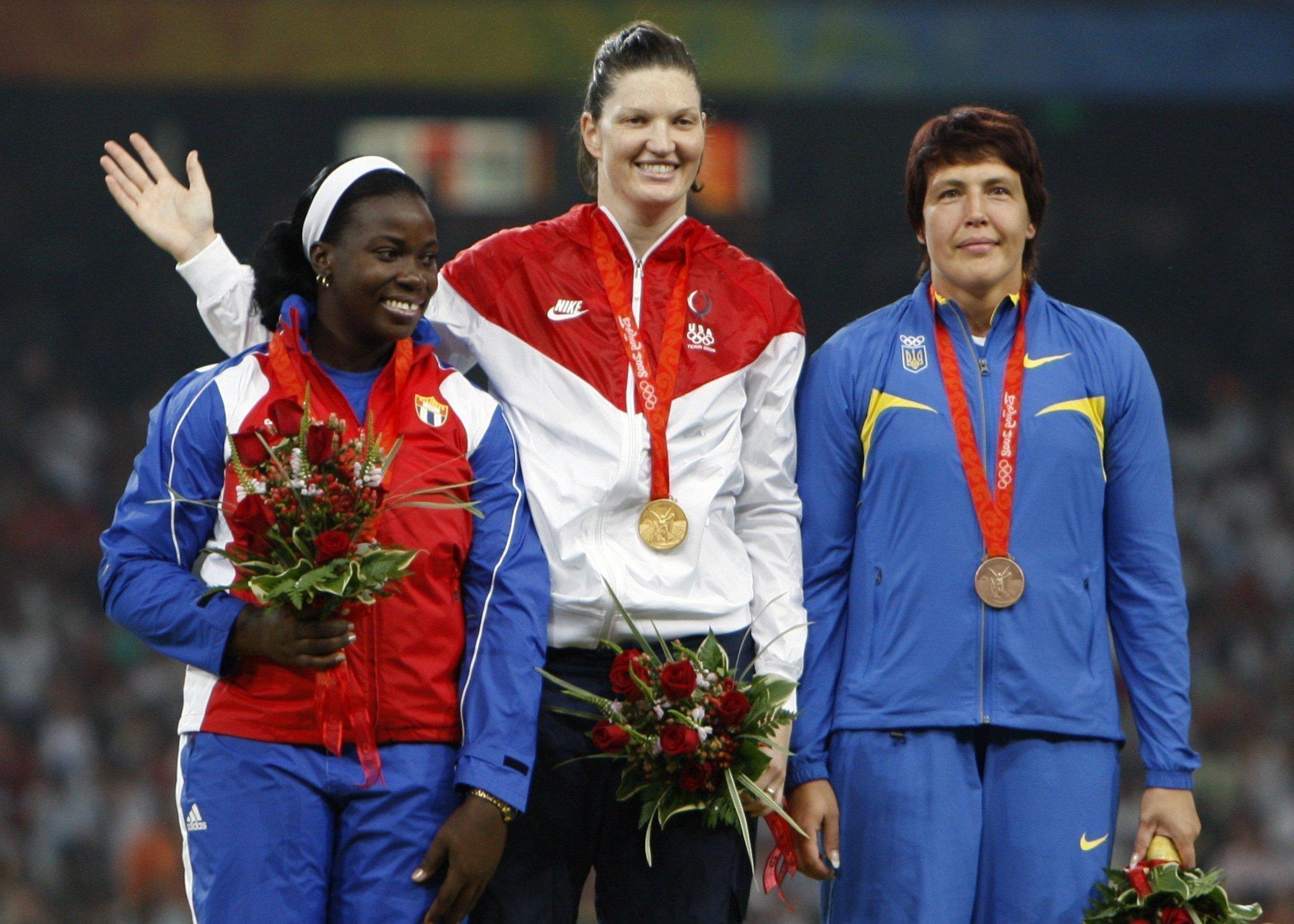 Олимпийская бронза Елены Антоновой превратилась в серебро