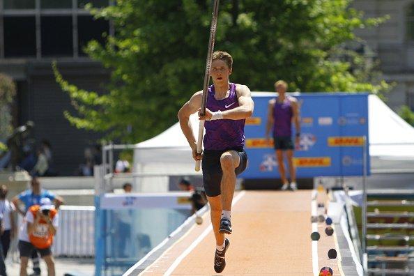 Российский прыгун с шестом Илья Мудров стал девятым на турнире в Греции