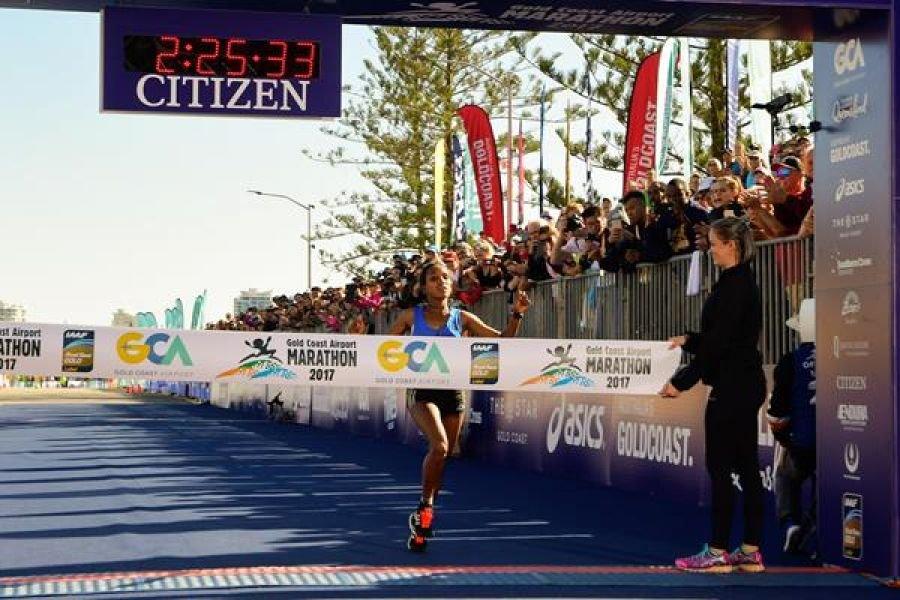 Абебе Афеворк и Такуя Ногучи - победители марафона Голд Коаст