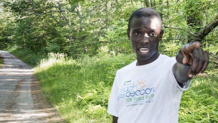 Кенийский марафонец убежал от двух медведей во время тренировки в США