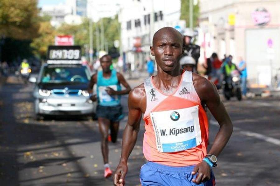 Элиуд Кипчоге против Уилсона Кипсанга на Берлинском марафоне-2017